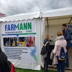 Wir sind in der Norla Messe, unser Stand wird von den Landwirten besucht, wir beraten auch gerne bei Anfragen. Unser Farmann Stand zieht Intensives Interesse an.
